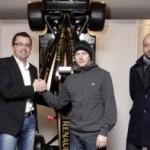 LRGP – Kimi Räikkönen arrives at Enstone