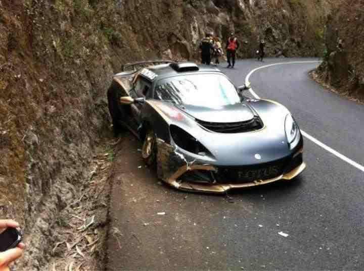 Sousa And Exige R Gt Crash Out Of Madeira Debut Seloc