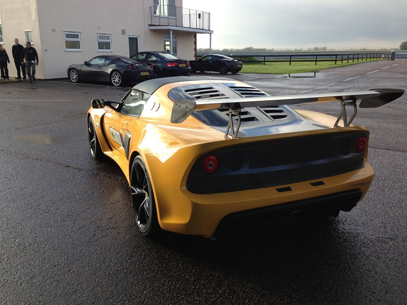 seloc member tests latest exige v6 developments from lotus racing seloc. Black Bedroom Furniture Sets. Home Design Ideas