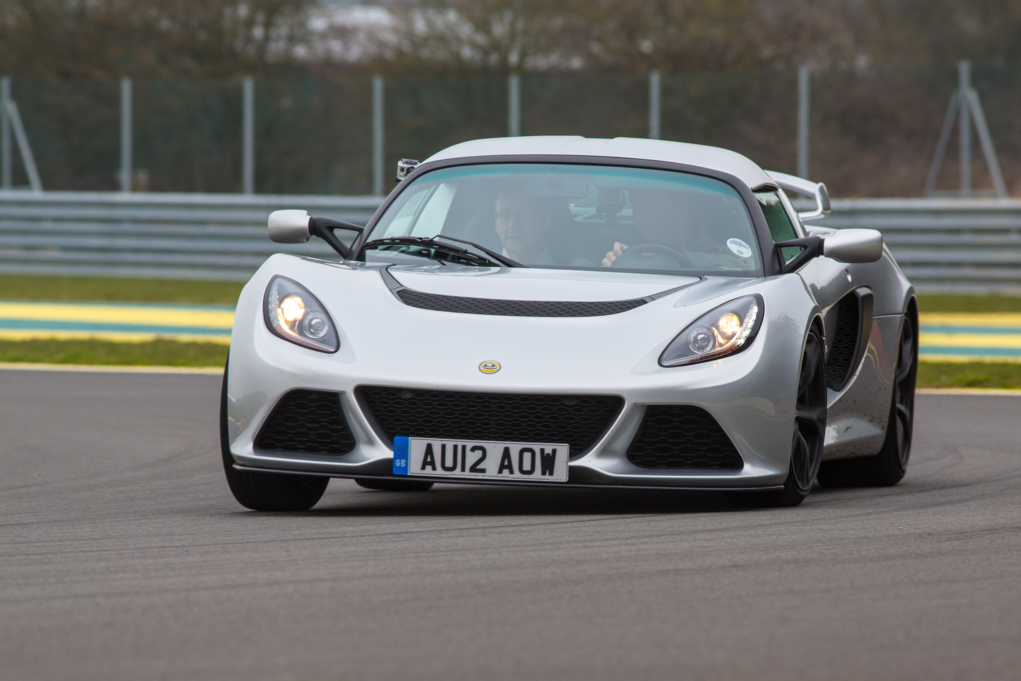 driven lotus exige s track test seloc. Black Bedroom Furniture Sets. Home Design Ideas