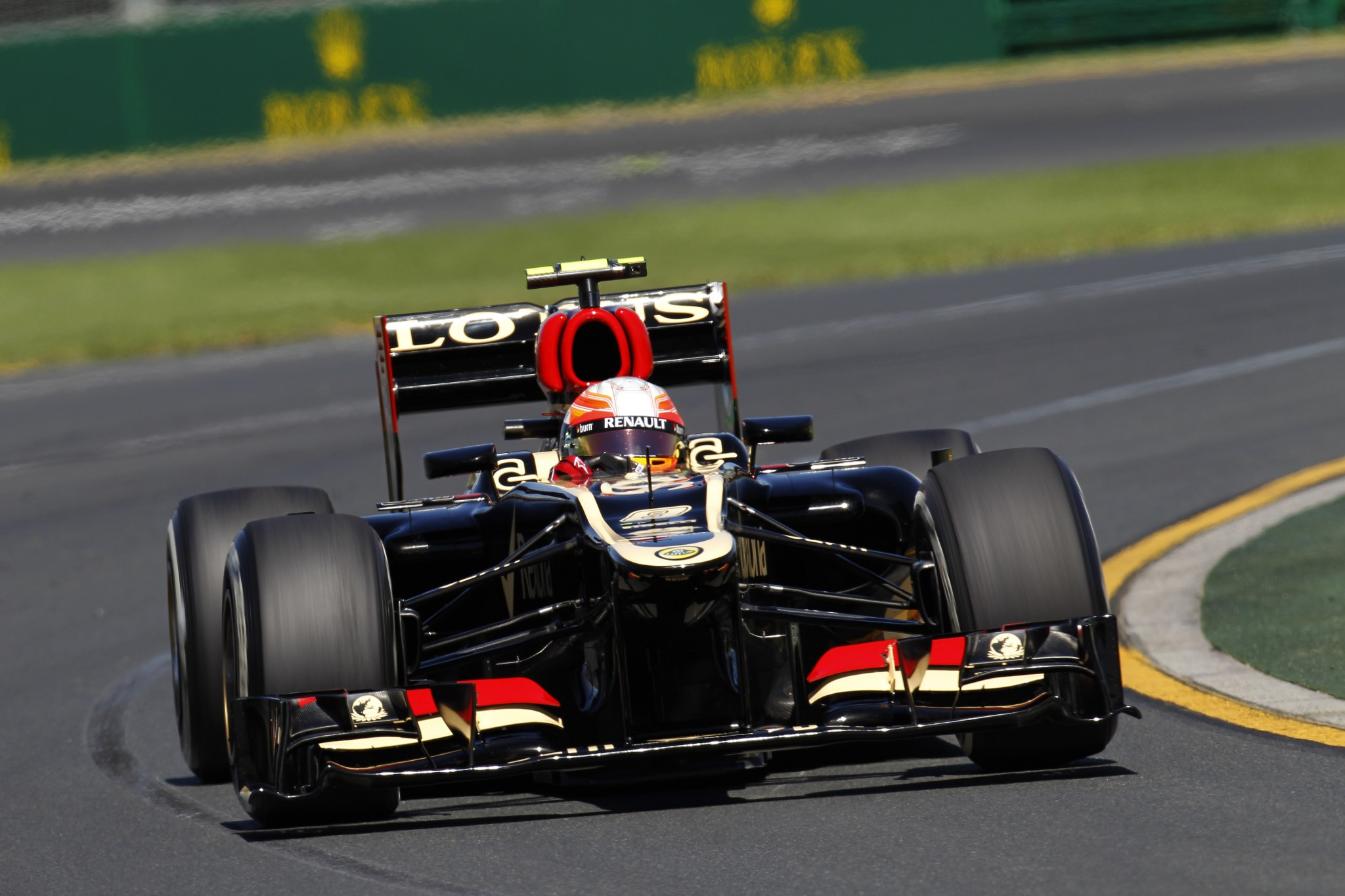 Lotus F1 Team Australian Gp Friday Practice Seloc